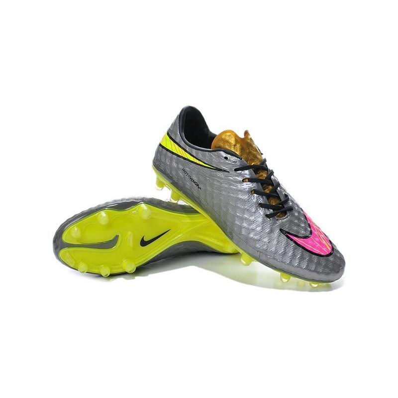 scarpe da calcio di neymar rosa