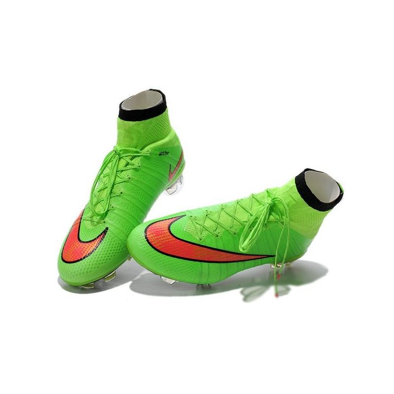 7e91c1437 Cristiano Ronaldo Nike Scarpa da Calcio Mercurial Superfly 4 FG Verde Rosso