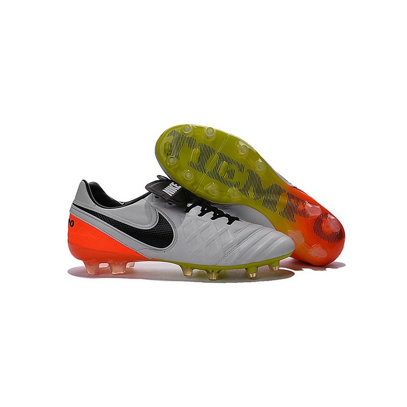 official photos 5be0f 0d805 Nike Tiempo Legend 6 FG ACC Scarpini da Calcetto Uomo Bianco Nero Arancio