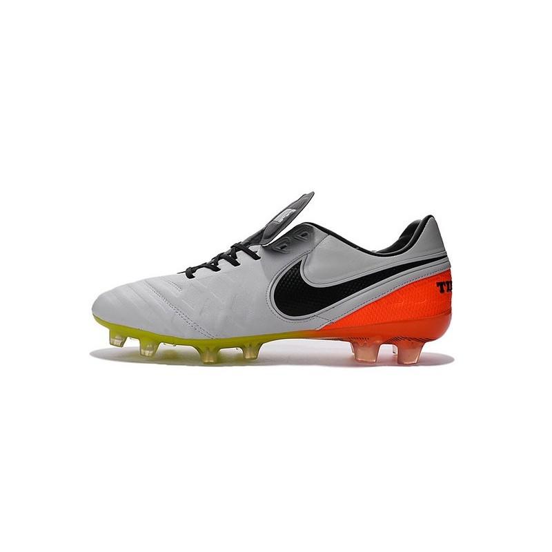 official photos 3a91a 8436a Nike Tiempo Legend 6 FG ACC Scarpini da Calcetto Uomo Bianco Nero Arancio