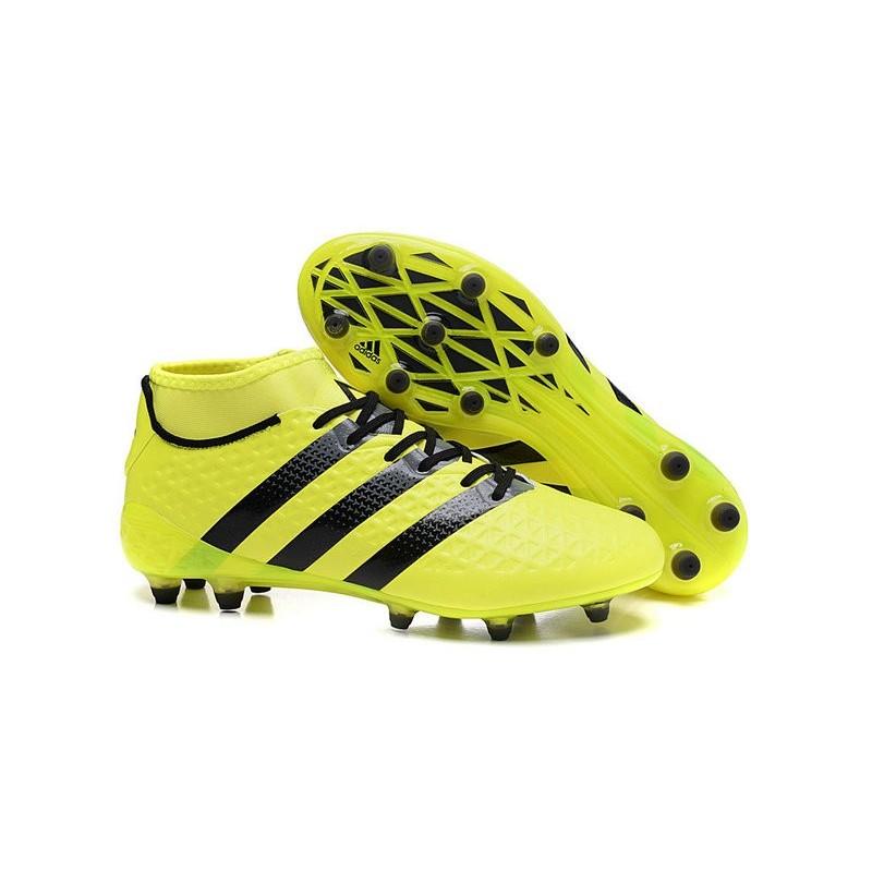 scarpe calcio tacchetti adidas
