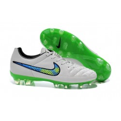 Scarpa da Calcio per Terreni Duri Nike Tiempo Legend V FG Bianco Verde